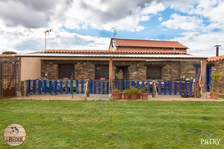 Oteruelo de la Valduerna的民宿