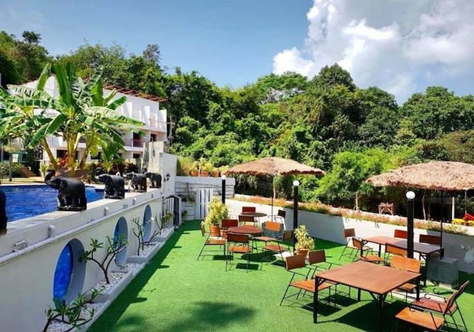 Rayong 的民宿