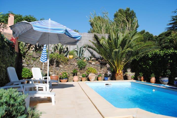 COLLIOURE: location de charme avec piscine privée!