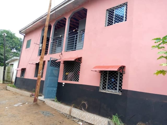 APPARTEMENT A LOGBESSOU-SUNSHINECITY DOUALA