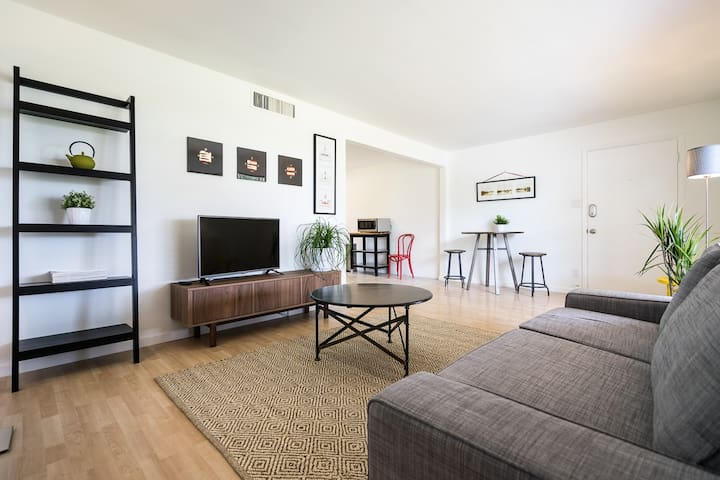 Phoenix Arcadia Modern Condo