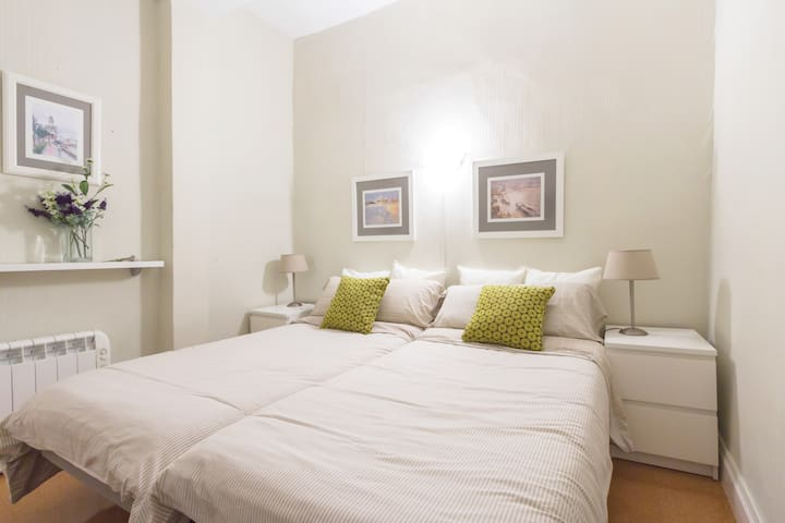 Double bed room Old Part WIFI