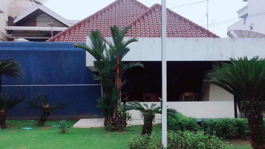 Kecamatan Medan Maimun的民宿