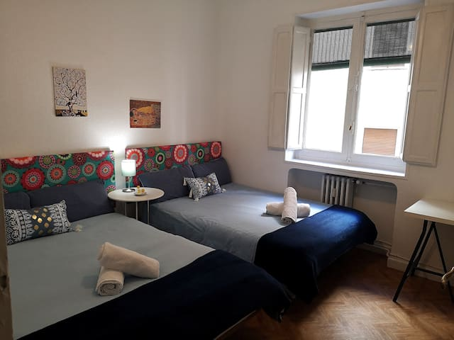 1 double room with breakfast and air conditioning