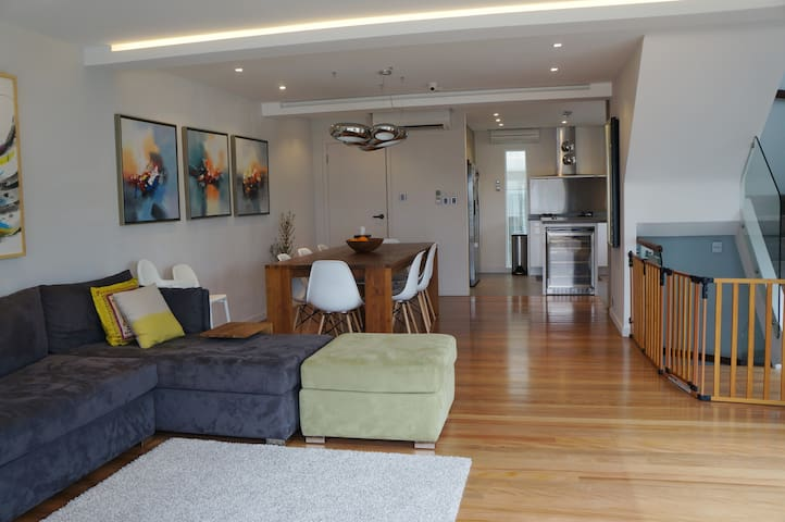 4BR Modern Home in Sai Kung