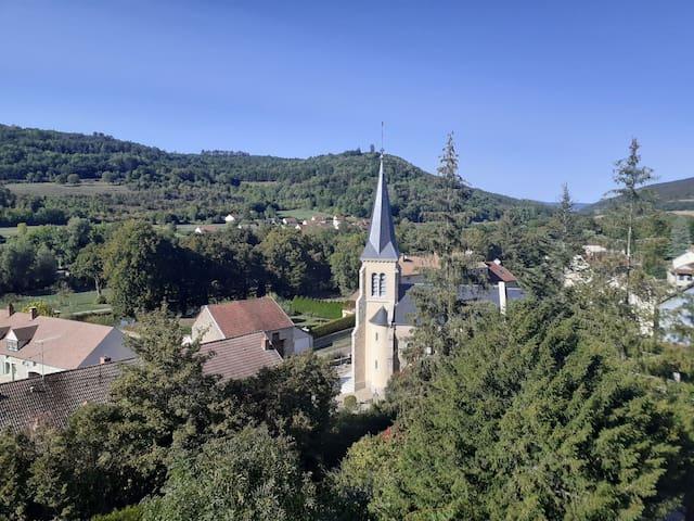 Saint-Victor-sur-Ouche的民宿
