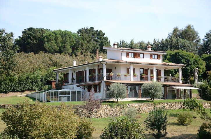 Bassano Romano的民宿