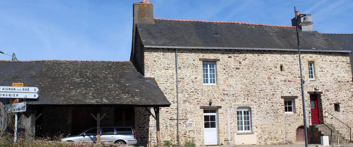 La Rouaudière的民宿