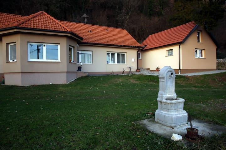 Kalnik, Koprivnica-Križevci County的民宿