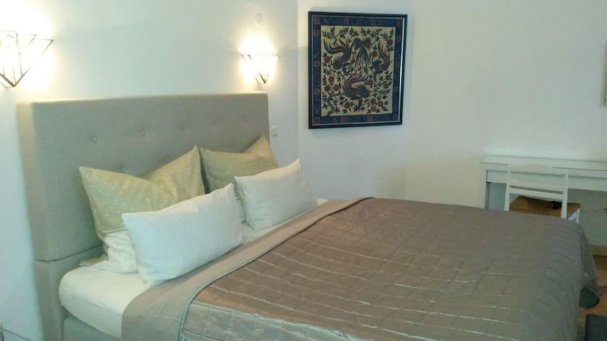 #1 TLA Apartment Landstuhl, 5 min to Base & Hospit