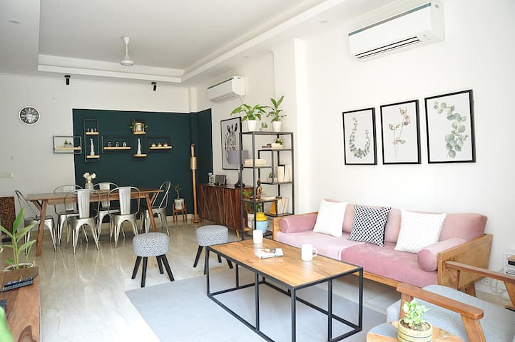 Explore City from Boutique&Charming 2bedroom apat.