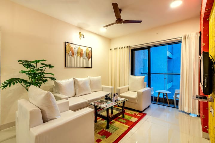 Earth Rose 3 Bedroom Luxury Service Apartment