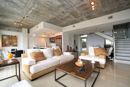 New Apartment in Midtown.2beds/2.5baths.