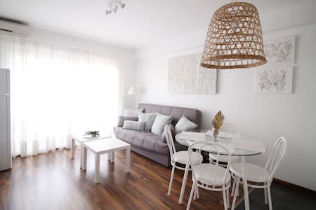 Stylish😎apartment  with balcony in heart of Salou