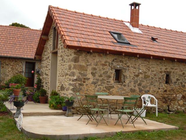 La Croisille-sur-Briance的民宿
