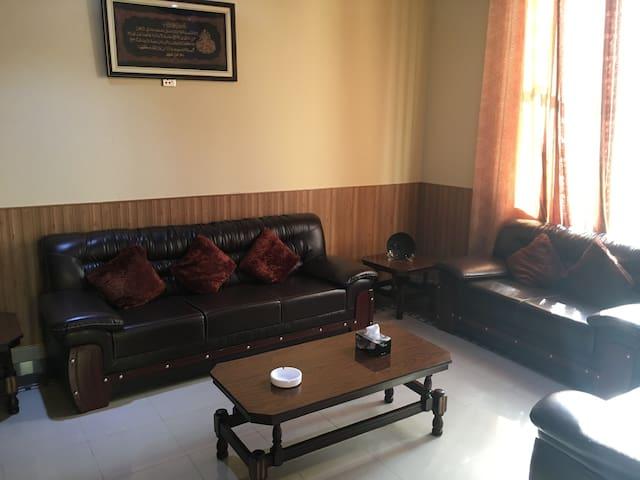 Mirpur Azad Kashmir的民宿