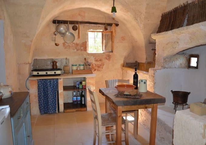 San Pancrazio Salentino的民宿