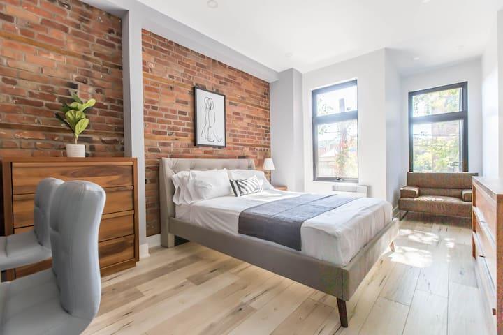 Luxe Modern Lofts du Parc Lahaie Mile End - 204