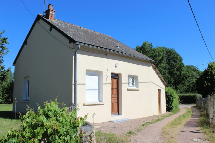 La Celle-en-Morvan的民宿