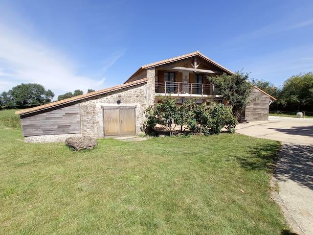Le Poiré-sur-Vie的民宿