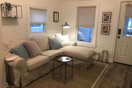 Classic Cottage for Two, Rehoboth Beach