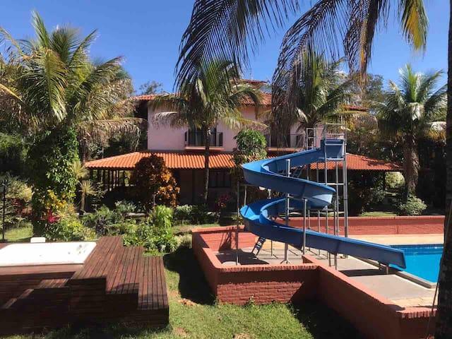 Vale São Luiz的民宿
