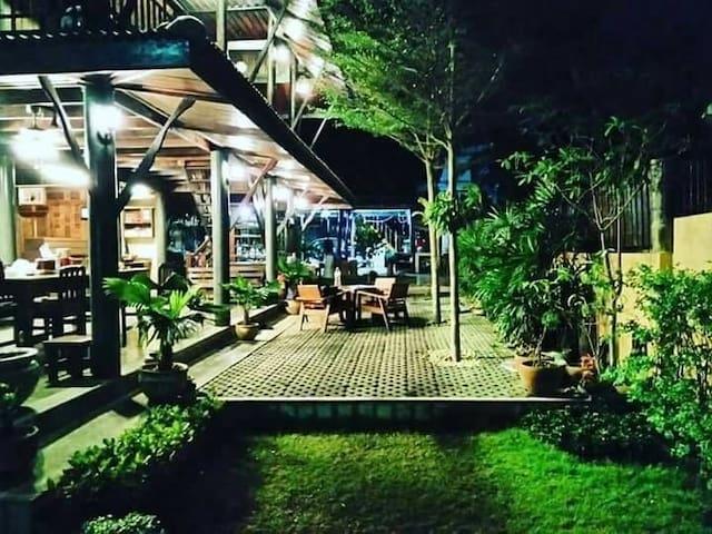 Tambon Khlong Kra Saeng的民宿