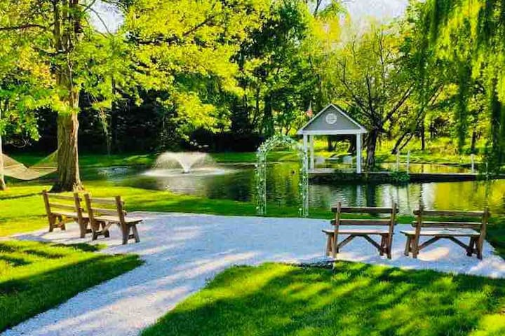 Paeonian Springs的民宿