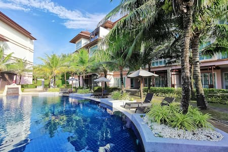 BangTao 1 br apartment with jacuzzi and pool acces