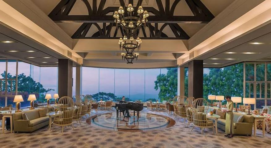 Outstanding Room Deluxe At Tagaytay City