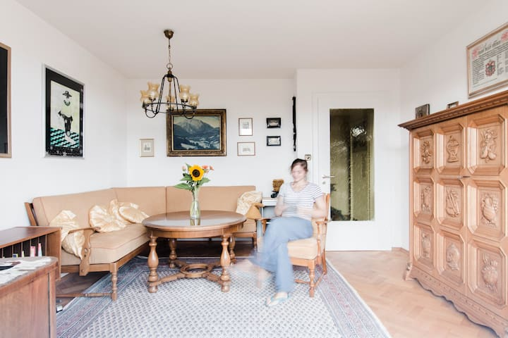 3,5 Zimmerwohnung in 1950er Villa