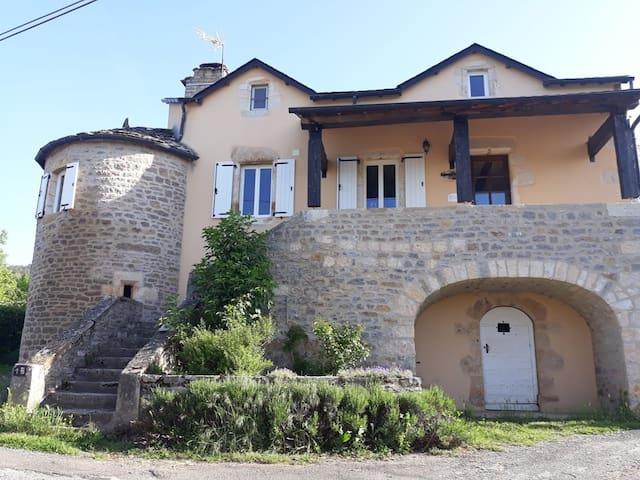Sévérac-le-Château的民宿
