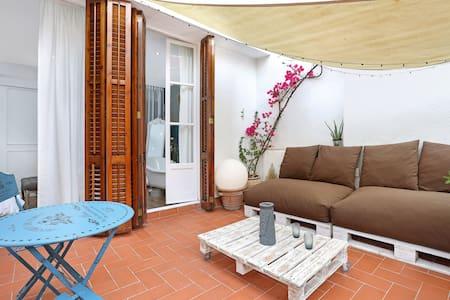 Bohemian duplex penthouse in Barcelona