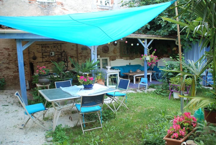 Rieux-Volvestre的民宿