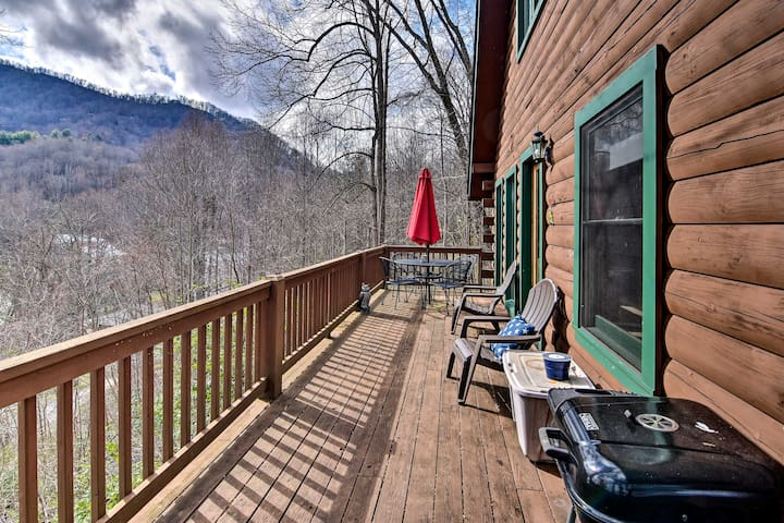 Cabin 1 Mi to Cataloochee Ski Area: Ski & Hike!