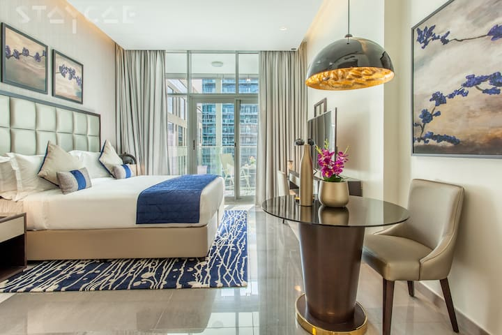 Captivating Studio Apartment City View in Downtown