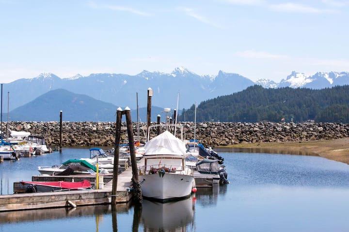 Gibsons Harbour Retreat