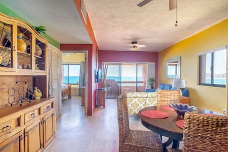 MARINA PINACATE *NEWLY UPATED*Beach Front*NEW AC