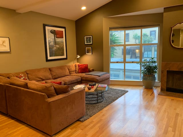 Spacious & Private Mission Loft with Sunny Balcony