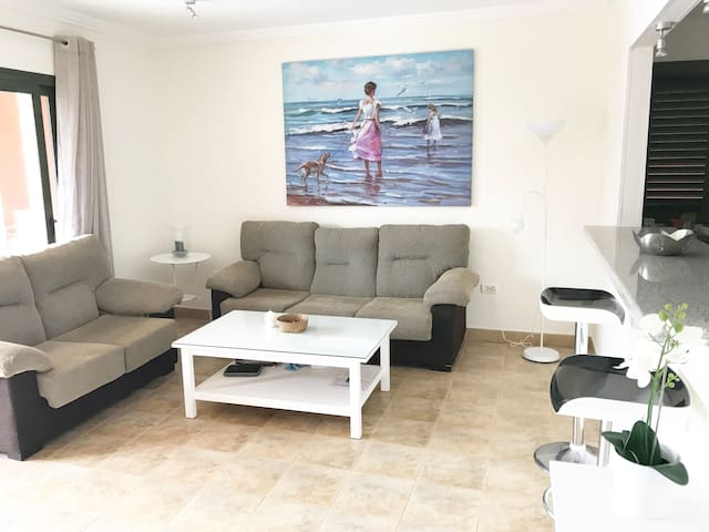 Room in the very nice apartment with swimming pool