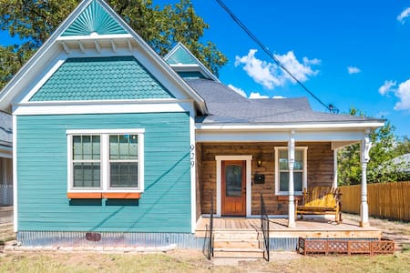 The Waco Victorian: 5min to Silos/Downtown/Baylor