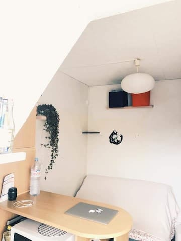 Beautiful small studio 13.5m2 in Paris