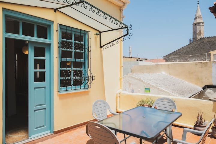 Home with Terrace in Heart of old Town of Chania