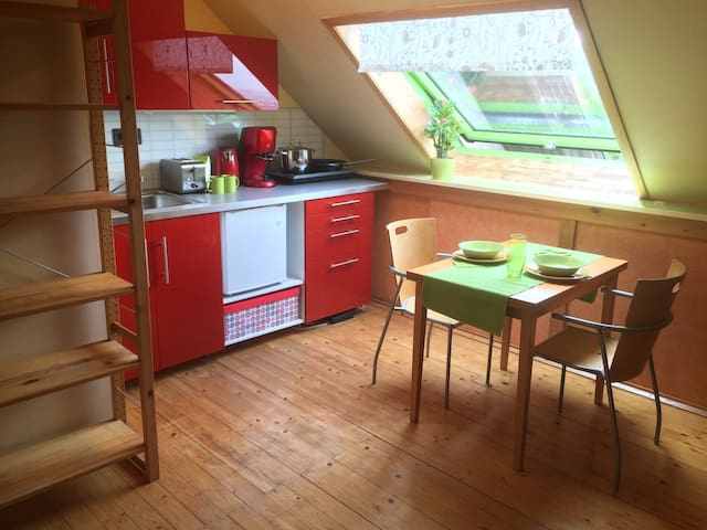 Your Loft in Our House - free parking
