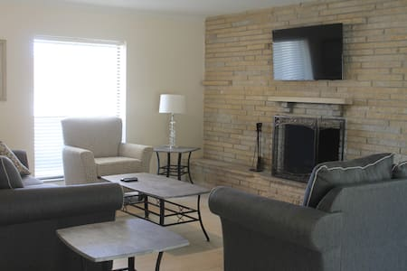 Remodeled open concept home near several beaches