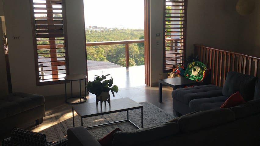 Large Island style luxury home in Suva