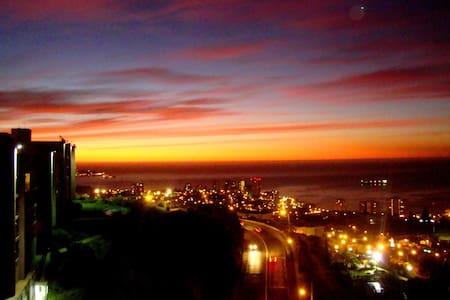Vista maravillosa a toda la bahía de Viña del Mar