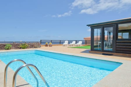 Holiday house in Playa del Hombre