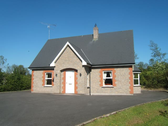 Dillon's Self Catering Cottage Monaghan Ireland