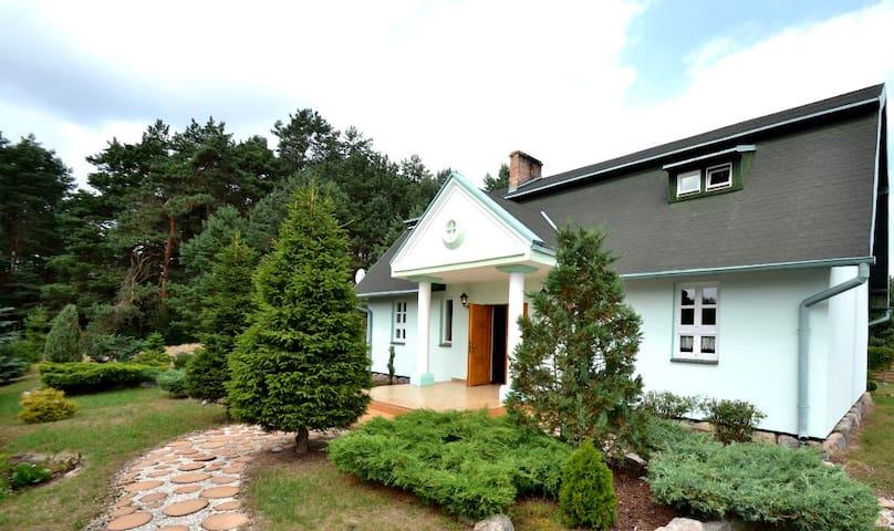 Przeborowo的民宿